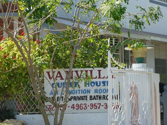 Van Villa: View from street