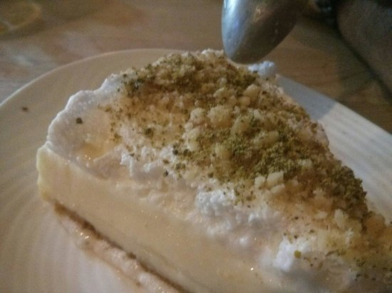El Mediterraneo: Their delicious lime dessert
