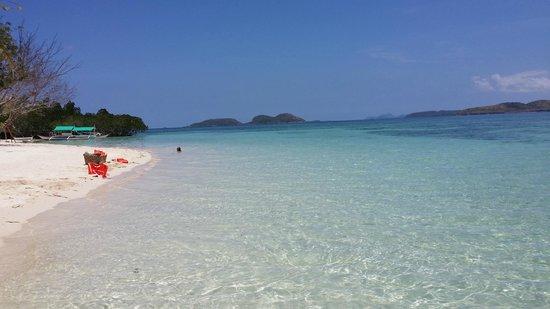 AL FARO Cosmio Hotel Palawan: Pass Island