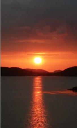 AL FARO Cosmio Hotel Palawan: Amazing Sunsets everyday