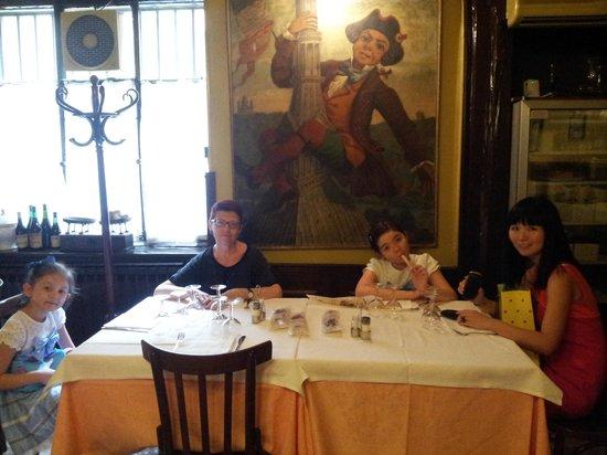 Porto di Savona: pranzo con famiglia