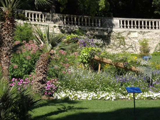 Jardins de la Fontaine : belo paisagismo