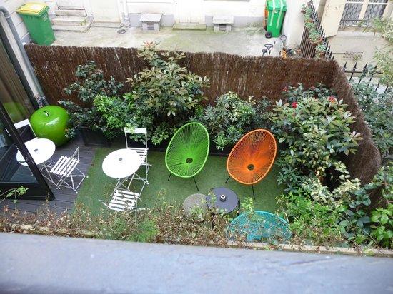 Hotel Eden : Blick aus dem Fenster in den Hinterhof