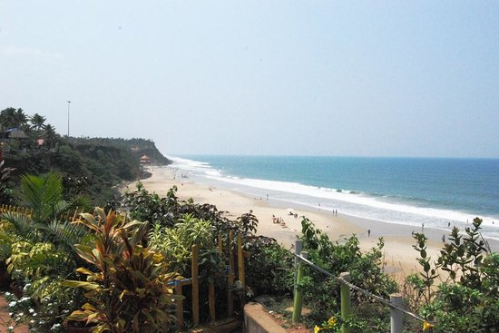 This is the first view of the beach after walking 30 meters from Mummy Bamboo house.