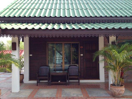 Thai Thai Sukhothai Guest House: View of the room.