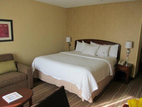 Courtyard Seattle North/Lynnwood Everett: Room - King Bed