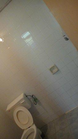 Kapas Island Resort: bathroom
