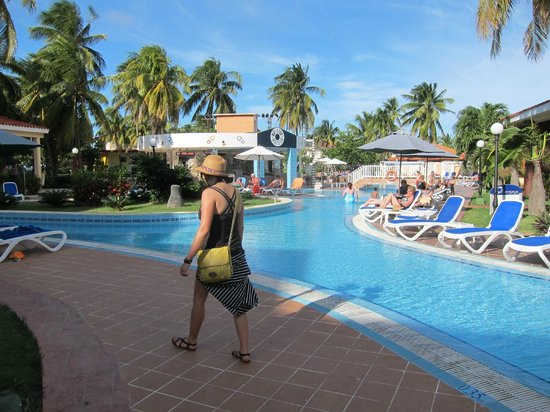 Be Live Experience Las Morlas: Pool area was really nice