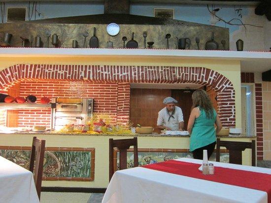 Be Live Experience Las Morlas: Pasta cook