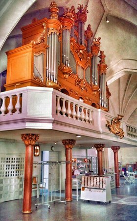Vaxjo Cathedral : The church organ