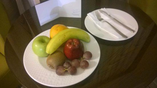 Holiday Inn Riyadh Meydan : Welcome fruit basket