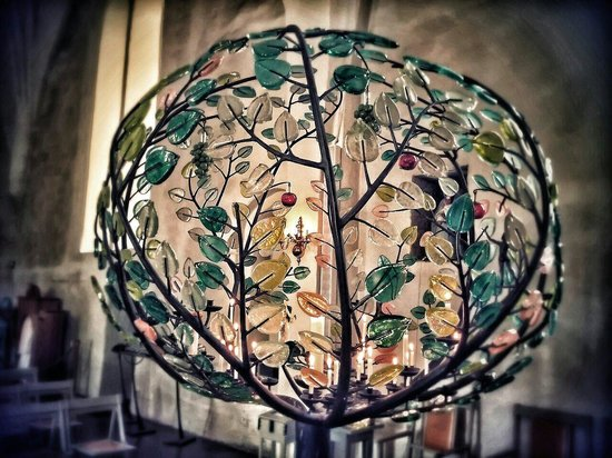 Vaxjo Cathedral : Tree of glass