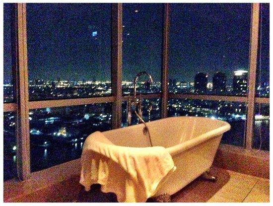 TheRiverSideBangkok Elegant Apartments: Bathroom Jasmin Apartment