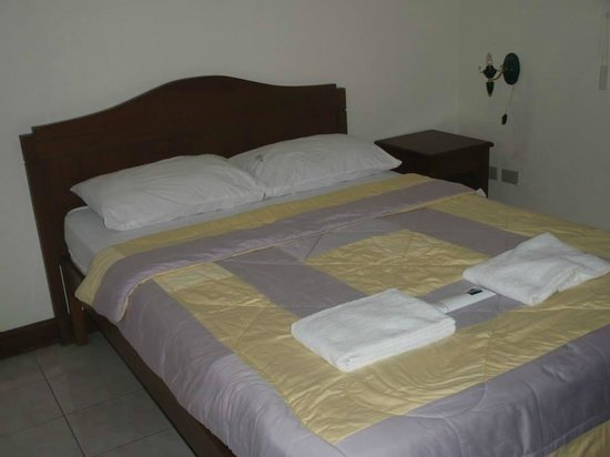 Tagaytay Haven Hotel: double bed (Feb. 22-23)