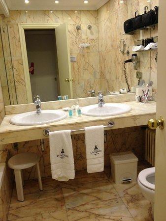 Hotel de Londres y de Inglaterra: baño