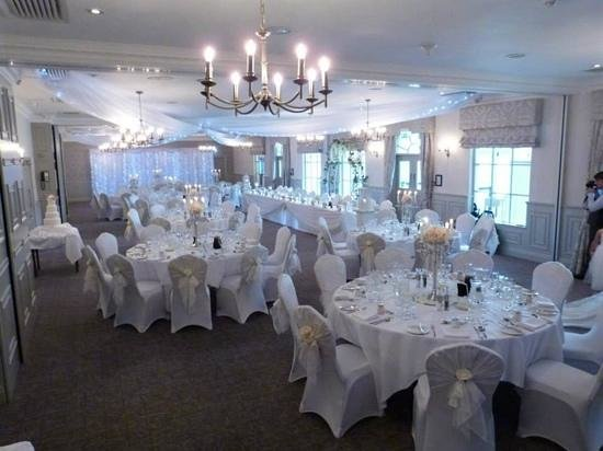 Mottram Hall: decoration by alison lasting memories