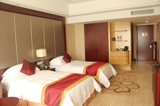 Ramada Plaza Shaoguan City Centre : double bed room