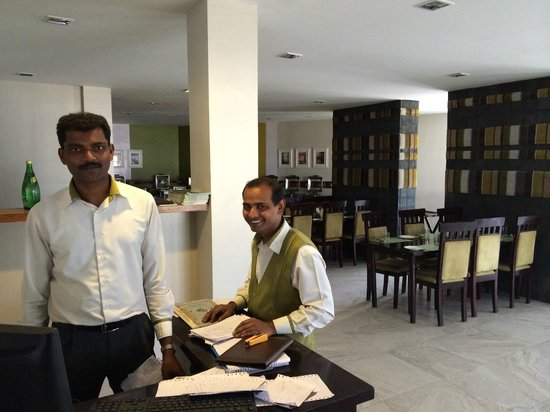 Kodai - By The Lake, A Sterling Holidays Resort: Restaurant