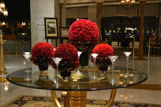 Taj Palace Hotel: Decoración floral