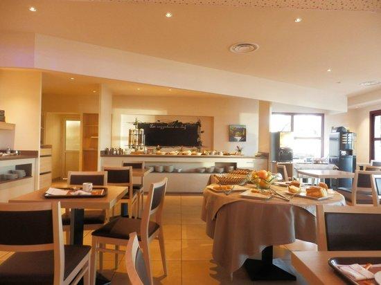Le Pavillon Hotel : Breakfast