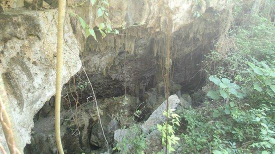 Hotel Club Kawama: cave
