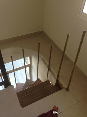 Red Sparrow Hotels and Resorts : I used these staircases to comedown in case of power failure