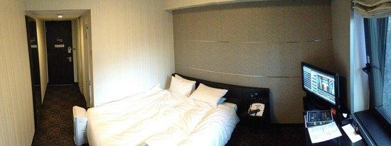 Hotel Villa Fontaine Tokyo-Shiodome: Bed
