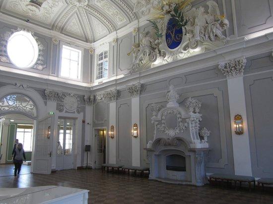 Kadriorg Park: Main hall is magnificent