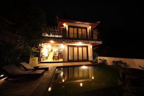Baruna Sari Villa: main building 2 bedroom villa