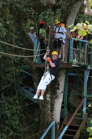 Antigua Rainforest Canopy Tour : Spass pur