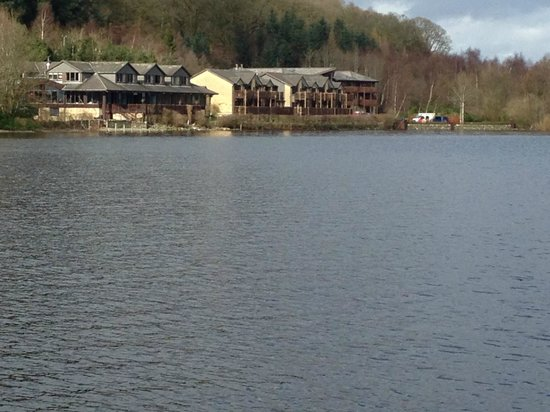 Lodge on Loch Lomond: View from the jetty