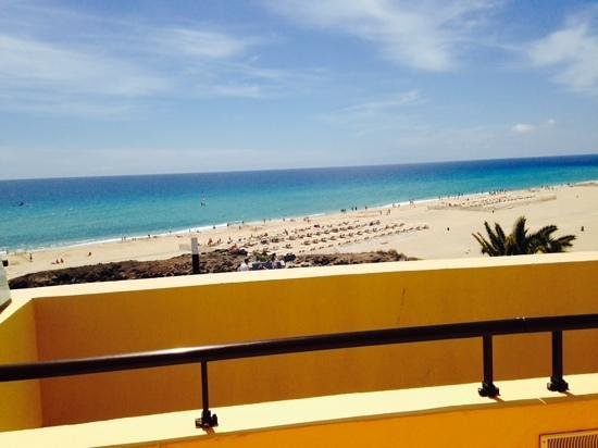Iberostar Playa Gaviotas : bar view