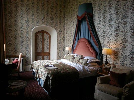 Thornbury Castle and Tudor Gardens: Anne Boleyn Room