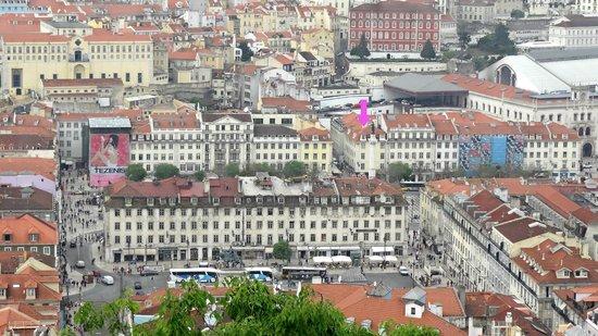 Rossio Hostel: Notre chambre (Lisboa) depuis le Castelo Sao Jorge