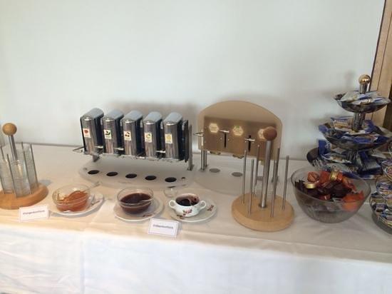 Hotel Waldhaus Am See: marmellate varie