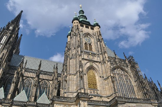 St. Vitus Katedrali: Dall'esterno