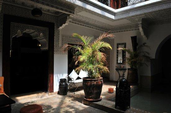 Riad Les Nuits de Marrakech: vue de la chambre