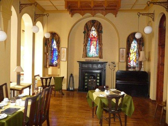 The Convent : la salle à manger dansla chapelle