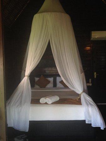 Bay Shore Huts : Bedroom