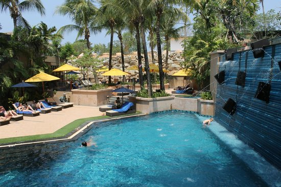 Novotel Phuket Kata Avista Resort and Spa : Bottom pool and kids pool