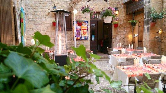 Carte prometteuse ...   picture of auberge des lys d'or, sarlat la ...