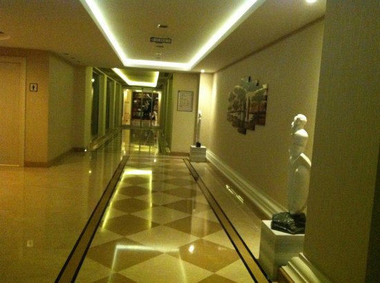 Kilikya Palace Goynuk : corredor
