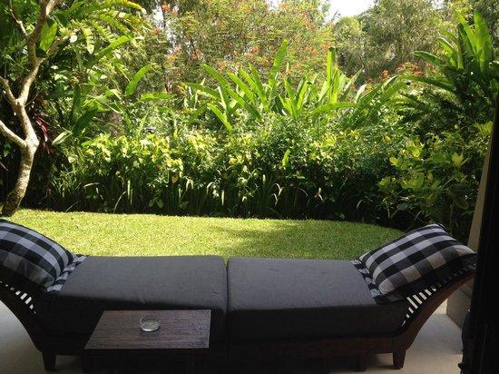 Maya Ubud Resort & Spa: Private garden area