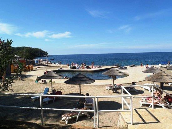 Valamar Diamant Residence: Valamar beach