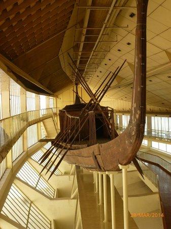 Musée de la barque solaire : Restored boat