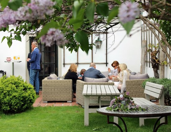 Schöne Garten der schöne garten bild vinothek zimmermann klosterneuburg