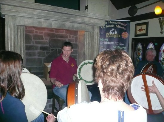Kilkenny Cycling Tours: Learning to play the Bodhran