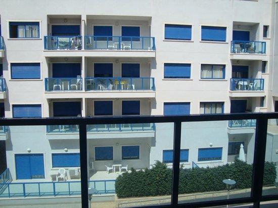 Apartamentos Turísticos Alicante Hills: vista habitacion