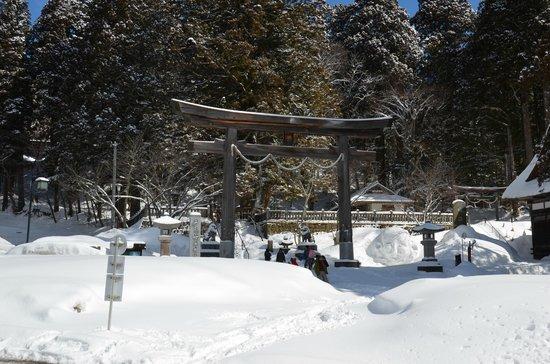 Togakushi Shrine Okusha: Zugang zu Anlage
