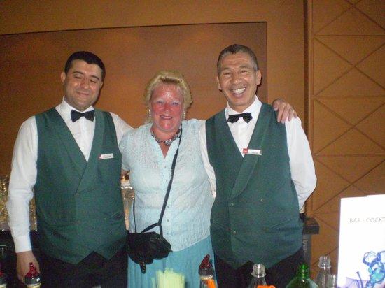 LTI Bellevue Park : bar men